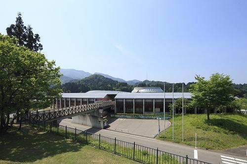 facility_010s