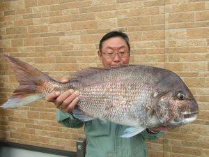 5.12+マダイ+71cm+4.8kg+若月さん