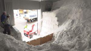 190215_岩の原葡萄園雪室雪入れ
